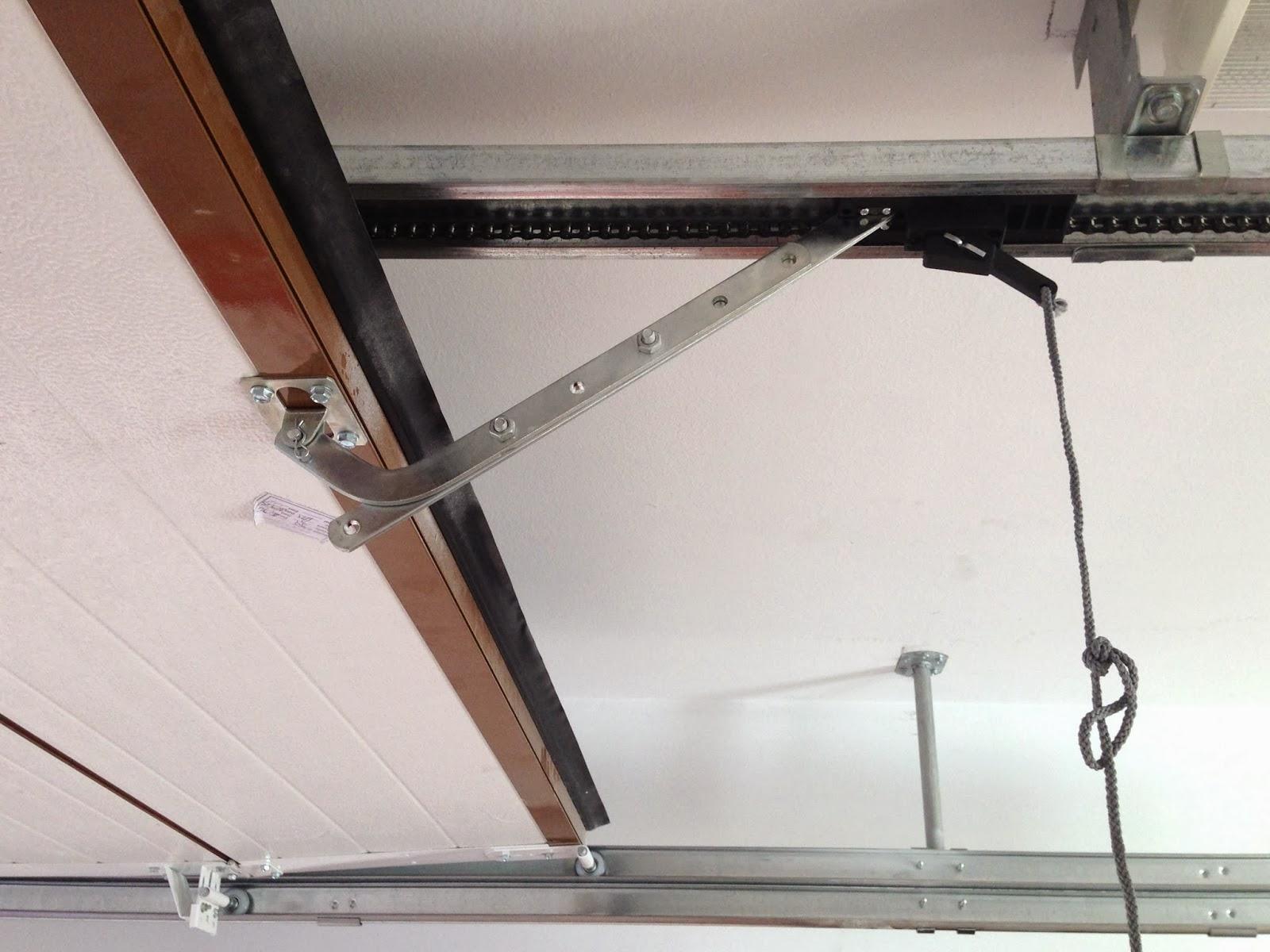 Como instalar motor de puerta garaje seccionada automateasy - Motor puerta garaje seccional ...