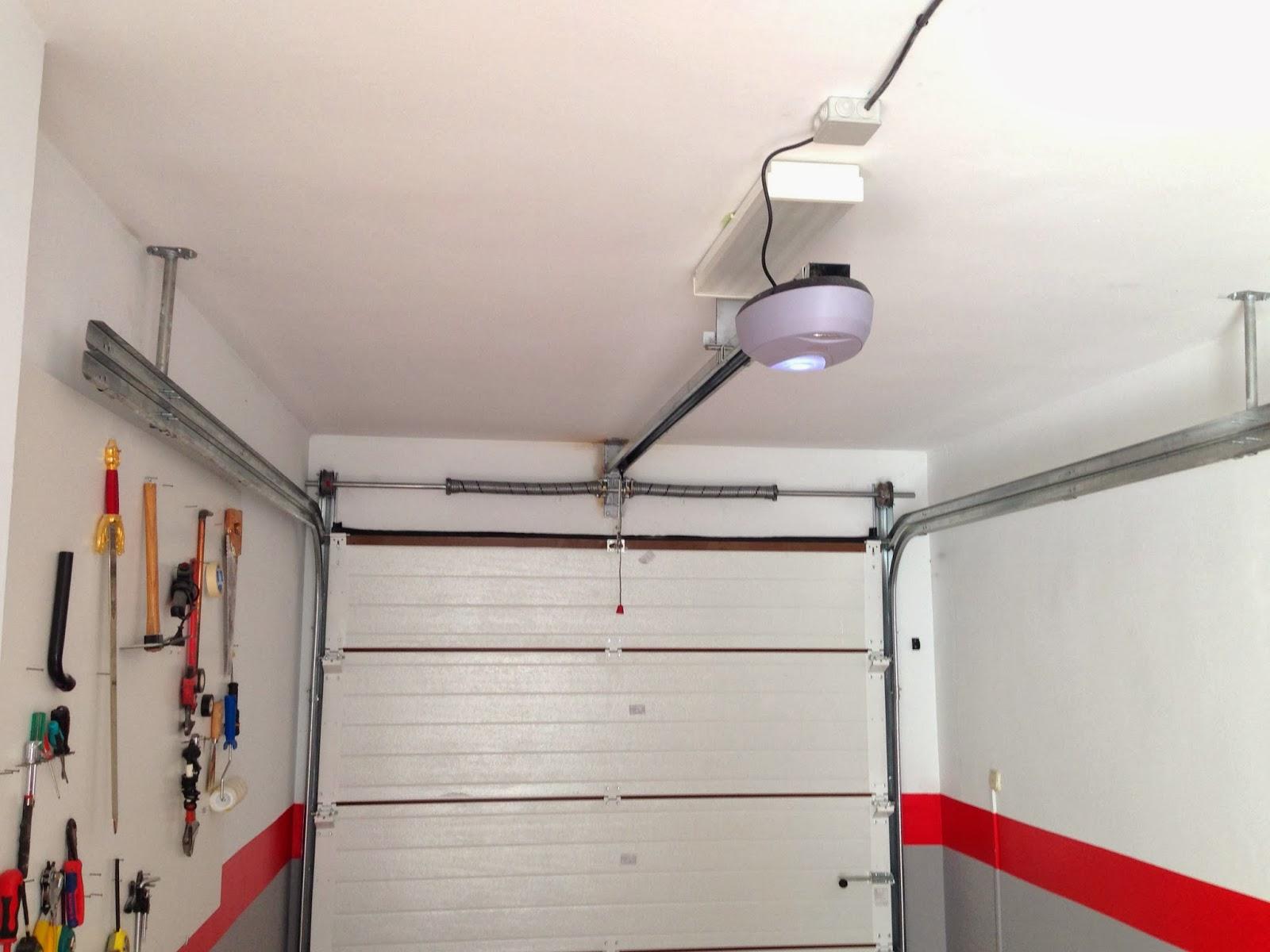 Puertas seccionadas con dintel reducido automateasy - Motor puerta garaje seccional ...